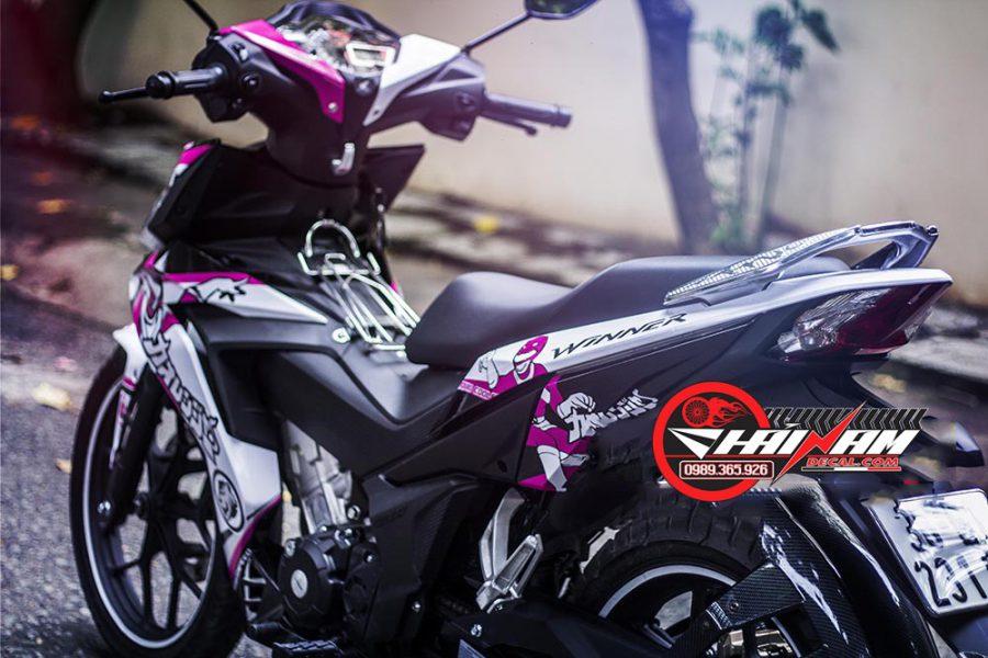 Tem Trùm Winner 150 Trắng Hồng