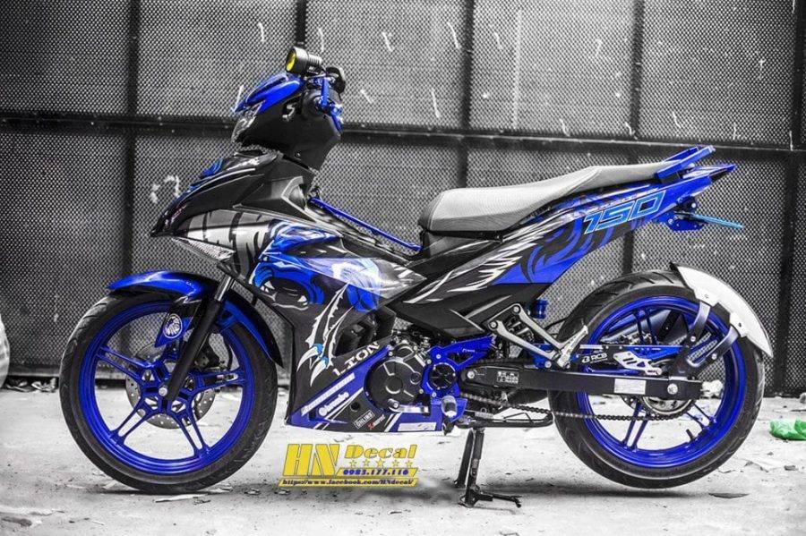 Tem-xe-exciter-2019-Tiger-xanh-den-1